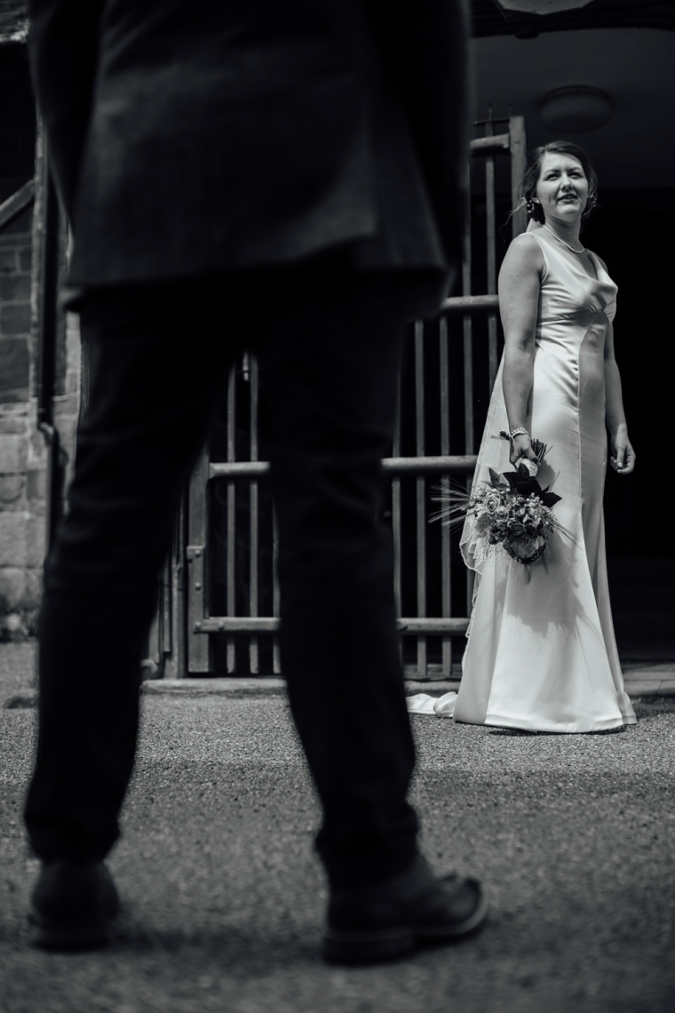 rustic-wedding-photographers-rotherham-43