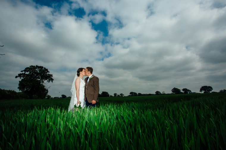 rustic-wedding-photographers-rotherham-55